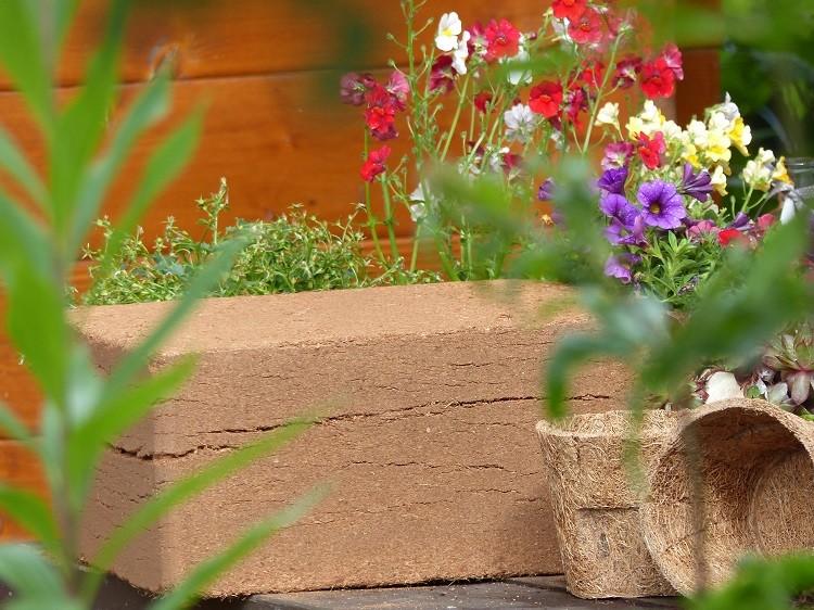 Kokosfaser Pflanzenerde - Humusziegel Maxi - 70 Liter